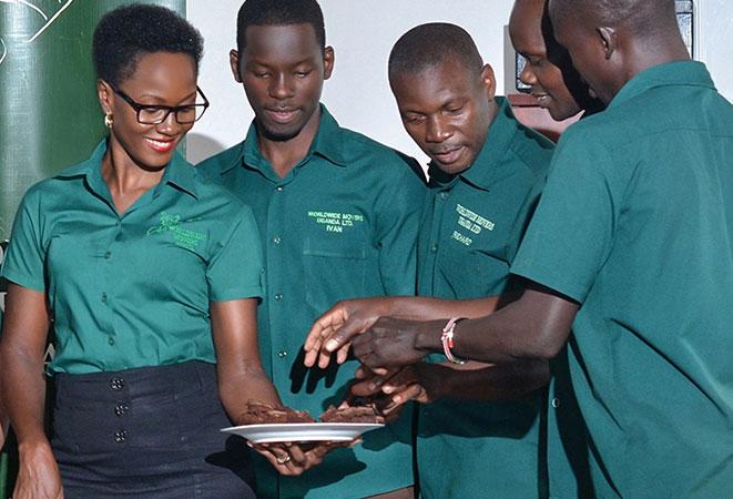 Worldwide Movers Africa (Uganda)'s $500 Cake